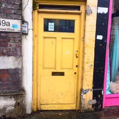 hair door